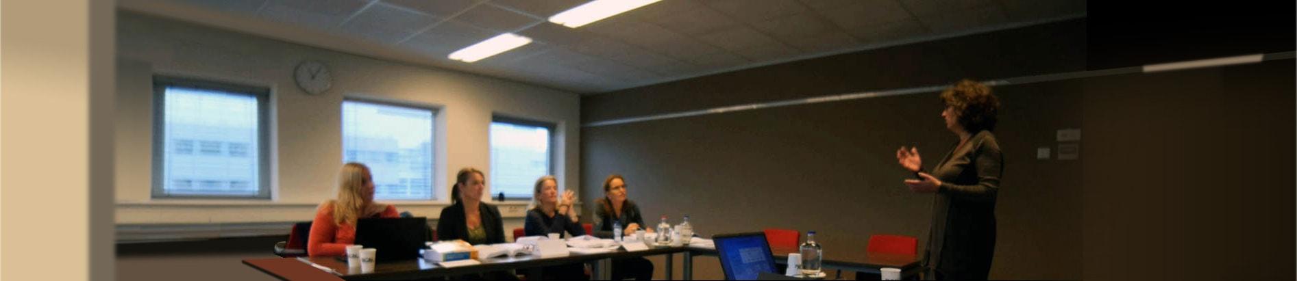 https://image.opleidingsgroep.nl/static/media/ncoi/ncoi/sliders/klassikale-opleidingen-ncoi-1920.jpg?ext=.jpg